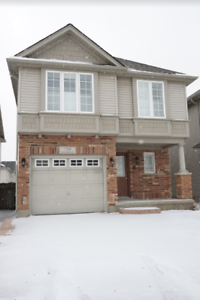 758 Grand Banks Dr-Gorgeous Home in Waterloo