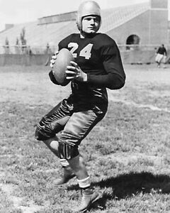1939 Iowa Hawkeyes NILE KINNICK Glossy 8x10 Photo College Heisman Trophy Winner