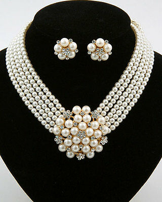 Costume Breakfast At Tiffany's Styled Crystal CREAM Pearl Flower Necklace Set