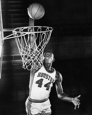 1968 Houston Cougars ELVIN HAYES Glossy 8x10 Photo College Basketball Print ()