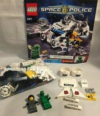 Lego Vintage Classic 5971 Space Police 3 Gold Heist - COMPLETE w/Booklet