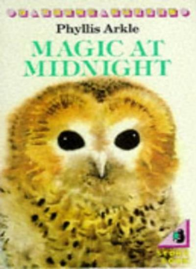 Magic at Midnight (Young Puffin Books),Phyllis Arkle, Ferelith Eccles Williams