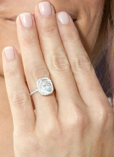 GIA Certified Diamond Engagement Ring 3 carat Natural Cushion Shape 18k Gold VS1