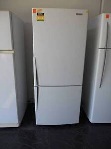 Second hand Fridge/Freezer Westinghouse 430 Litre ( SFF 180 ) Helensvale Gold Coast North Preview