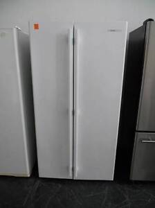 Second hand Fridge/Freezer Westinghouse side by side 606LTR Helensvale Gold Coast North Preview