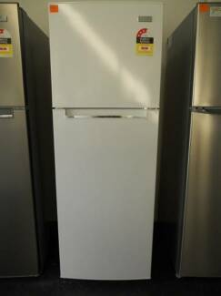 BRAND NEW FRIDGE/ FREEZER HEQS 366 L WITH 10% OFF THIS WEEK