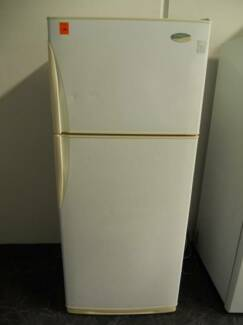 Second hand Westinghouse Fridge Freezer 390 Litre (SFF 519)