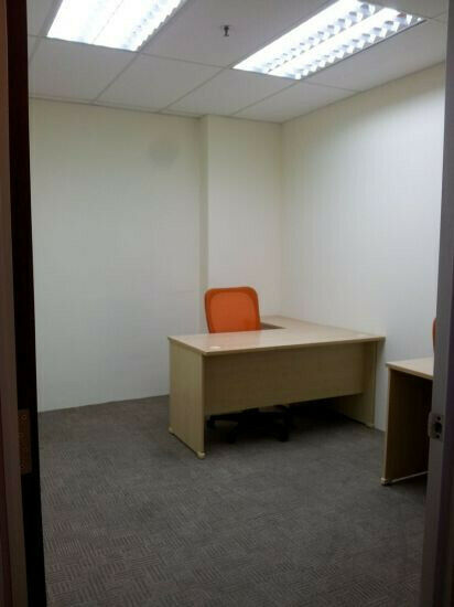 Private fully fitted storage/office room at Ubi for rent