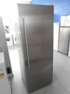 Second Hand Fridge F & P 451 L STAINLESS STEEL (MFF 092)