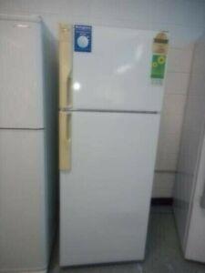 Fridge freezer Westinghouse 310 L with 6 M warranty