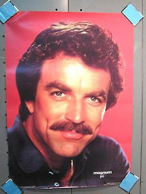1982 MAGNUM P.I. POSTER Tom Selleck