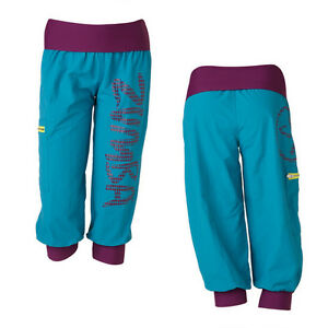 Zumba-Up-Down-Cargo-Capri-Pants-All-Sizes