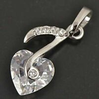 STUNNING 9K WHITE GOLD FILLED WOMENS HEART PENDANT