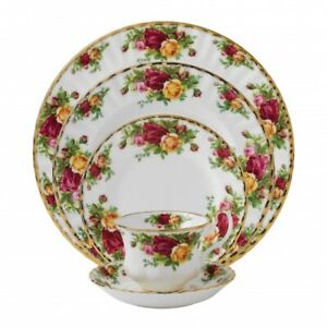Royal Albert Old Country Roses Fine Bone China - 5 Piece Setting