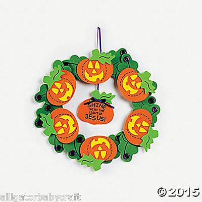 Christian Religious Halloween Jack-O-Lantern Wreath Craft Kit Kids 11