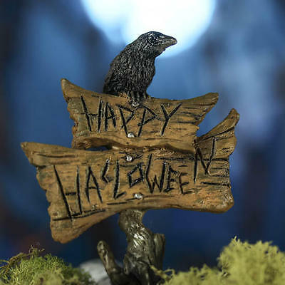 Halloween Sign with Crow on a pick  Miniature Fairy Faerie Gnome Garden GO 17010