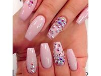 Full Set Gel £10