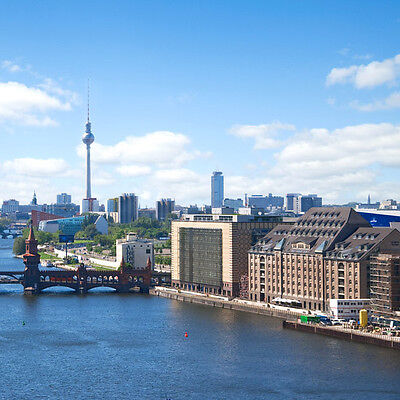 4 Tage Berlin Städtereise im 4* Holiday Inn Hotel Gutschein Kurz Urlaub Wellness