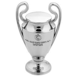 OFFICIAL-UEFA-CHAMPIONS-LEAGUE-TROPHY-80mm-CHELSEA-2011-2012-WINNERS