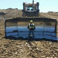 Experienced Dozer/Grader/Loader Operator Looking For Work.