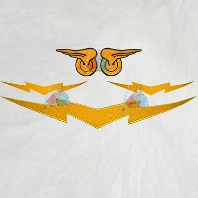 Set Flash Replica Suit Embroidered Patches Costume Fists Wings Mask Belt Comic