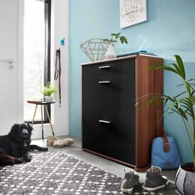 Big Foot Shoe Cabinet In Walnut With Black High Gloss Fronts