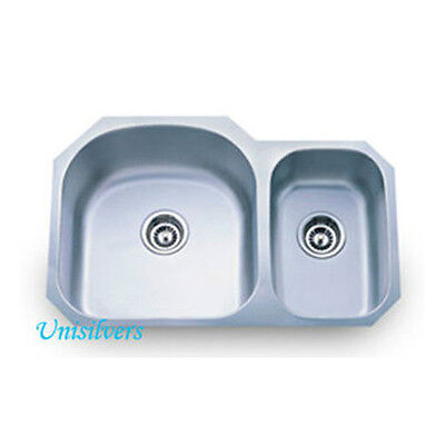 "31-1/2"" Stainless Steel Double Bowl D Shape 70/30 Undermount Kitchen Sink"