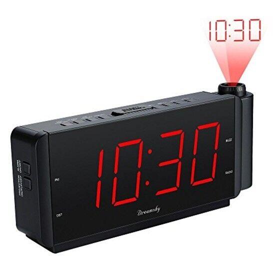 Radio Reloj Proyector De Hora A La Pared O Techo Para Despertar Con Radio Alarma