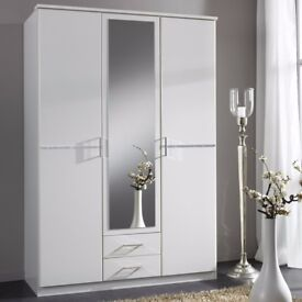 BRAND NEW 3 DOOR 2 DRAW WARDROBES 5 ONLY LEFT FROM HUGE CONTRACT