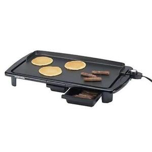 BLACK & DECKER FAMILY SIZE ELECTRIC GRIDDLE