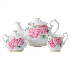 Miranda Kerr for Royal Albert 3-piece tea set (40% off)