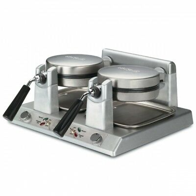 Waring WW250B Commercial Belgian Waffle Maker 208V, 2700W  1 YEAR FULL WARRANT p