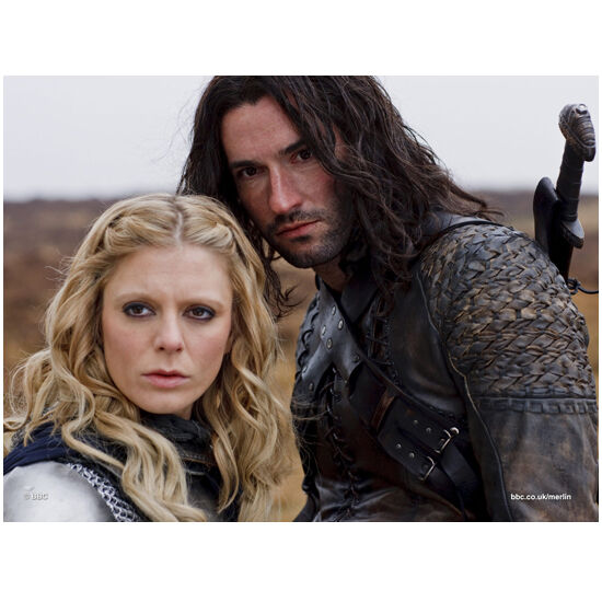 Merlin with Tom Ellis as Cenred with Woman 8 x 10 inch photo