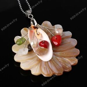 Mother of Pearl Shell Carved Flower Pendant Bead 1P For Fashion Jewellery