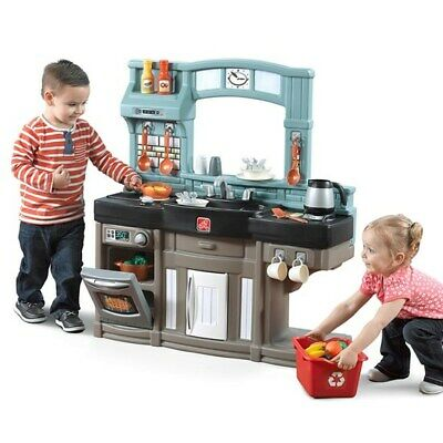 Step2 Best Chefs Kitchen  - Kids Play Kitchen (Best Childrens Play Kitchen)
