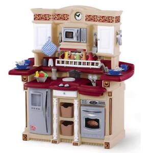 Step2 LifeStyle PartyTime Kids Play Kitchen