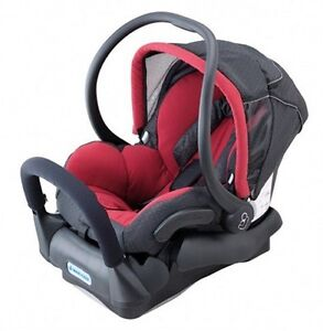Maxi Cosi Capsule Car Seat with base Bellevue Hill Eastern Suburbs Preview