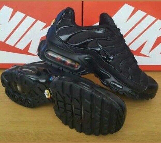 more photos 52544 c8bba 0bf60 13bf1  discount gumtree aliexpress 531cc 8fb6e nike air max tn plus  black colour uk size 10 ad000