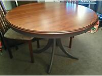 BEAUTIFUL SHABBY CHIC ROUND DINING TABLE