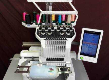 BROTHER PR1000E Embroidery Machine *12mth Warranty* REDUCED