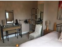 Lovely room to rent in Marston