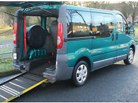 2010(10) RENAULT TRAFIC 2.0 DCi CHAIRLIFT WHEELCHAIR ACCESSIBLE VEHICLE