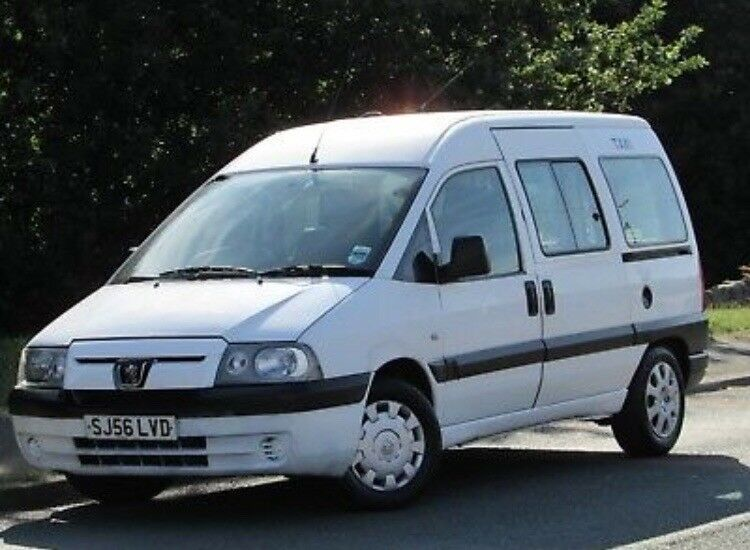 peugeot expert 2.0 hdi e7 taxi++8 seater minibus++twin sliding doors