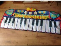 Children's Toy Piano Play Mat