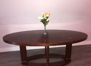 Dining Room Table - Solid Wood - with 4 matching chairs