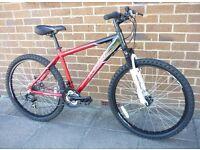 Rarely used - black / red apollo Phase mountain - stunning bike / Not carrera