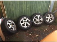 Set Of 4 Alloy Wheels & excellent 185/60/R14 tyres