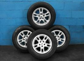 "SET OF 4 GENUINE LAND ROVER DISCOVERY 3 17"" ALLOY WHEELS AND 235/70/17 TYRES"