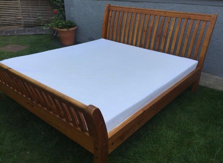 Strong Solid Wood Super King Size Bed 6ft Very Good Condition 180cm Wide With Used Tempur Mattress