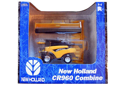 New Holland CR960 Combine By Ertl 1/64th Scale
